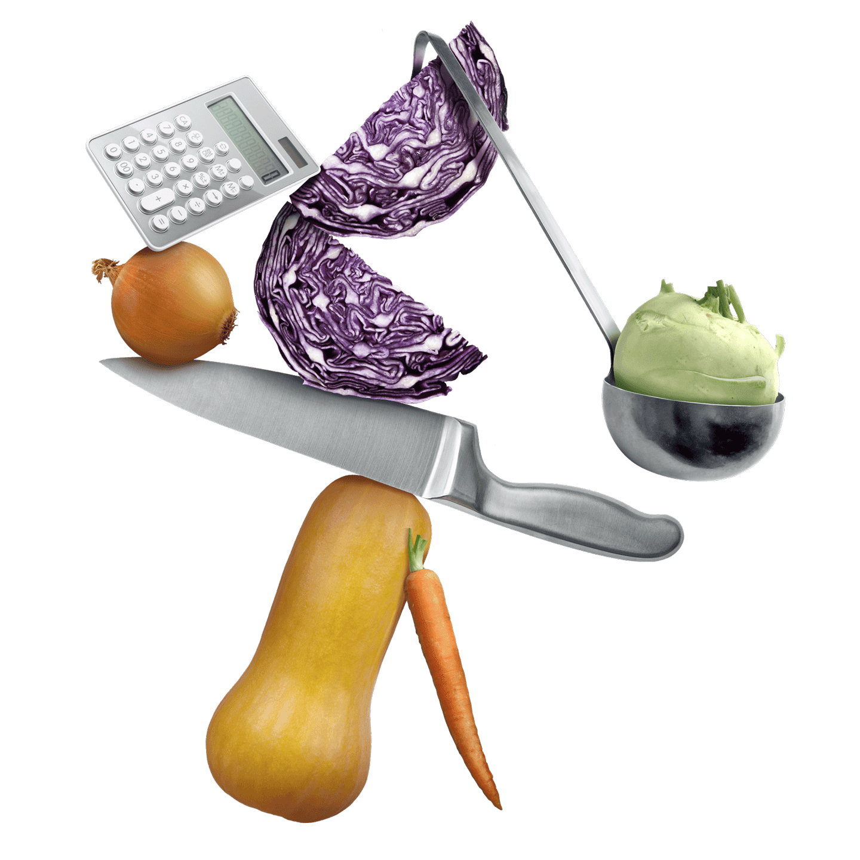 Komposition Taschenrechner, Kohlrabi, Rotkohl, Zwiebel, Messer, Möhre und Kürbis